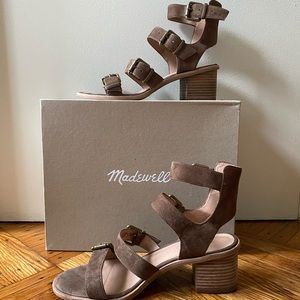Madewell Buckle Sandals in Darkest Olive